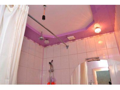 Купить Матовый натяжной потолок в ванной цена от 500 рублей в Москве и области