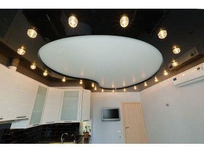 Купить Двухуровневый натяжной потолок на кухне 18 м2 в Москве и области