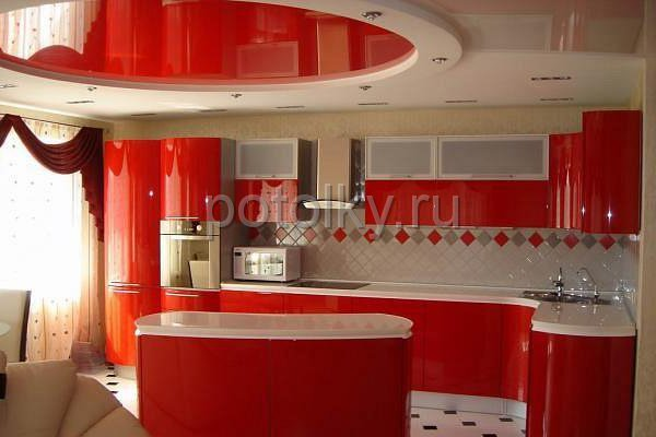 Комбинированный потолок на кухне фото